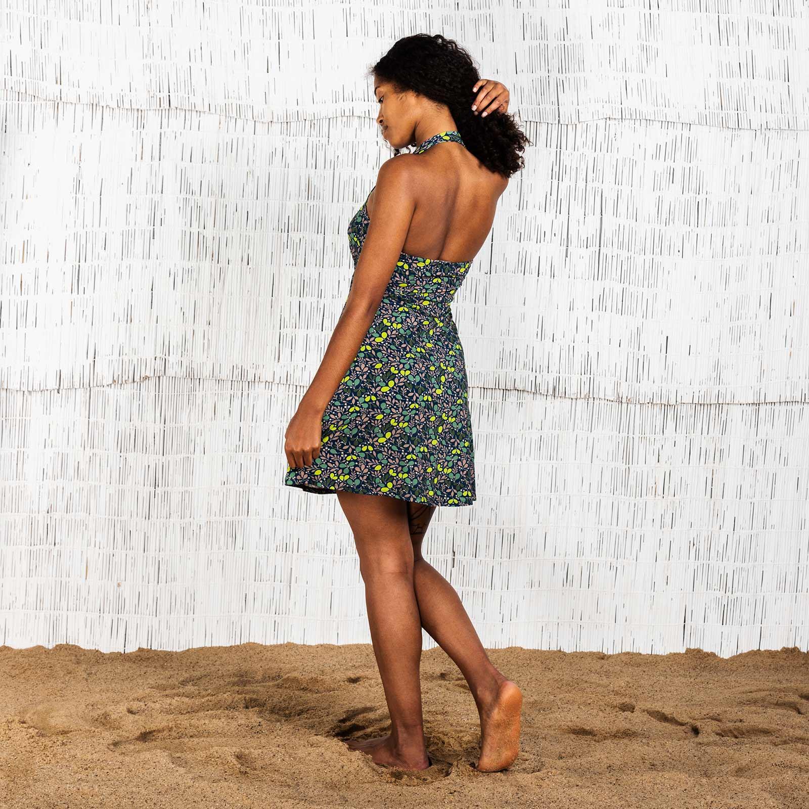 Moshiki-short-dress-with-halter-back