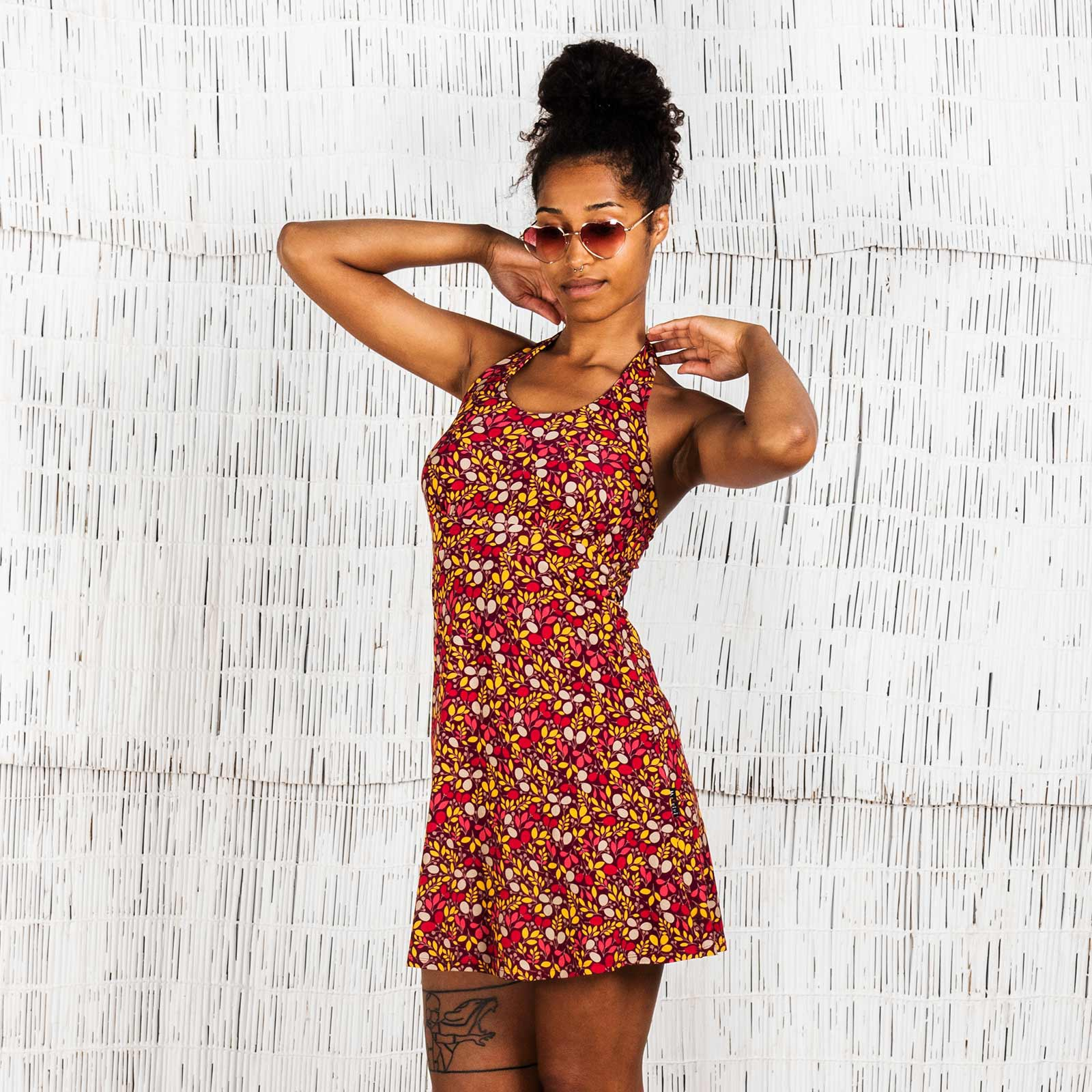 Moshiki short halter dress, red