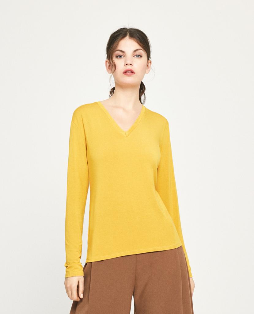 T-Shirt V-neck yellow Essential Surkana