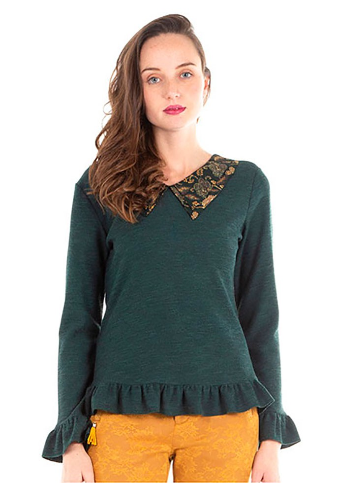 Top long sleeve green with large collar akinolaude