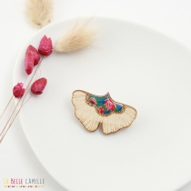 Vintage brooch La Belle Camille Ginkgo wood and gold