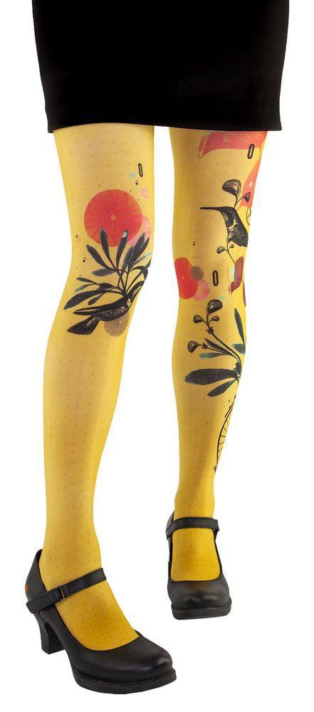 Lili Gambettes colored tights, yellow theme Hummingbird