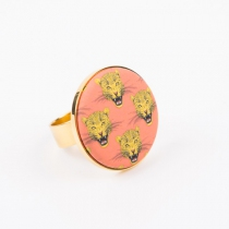 Customisable and adjustable gold plated ring, magnetic holder for magnets