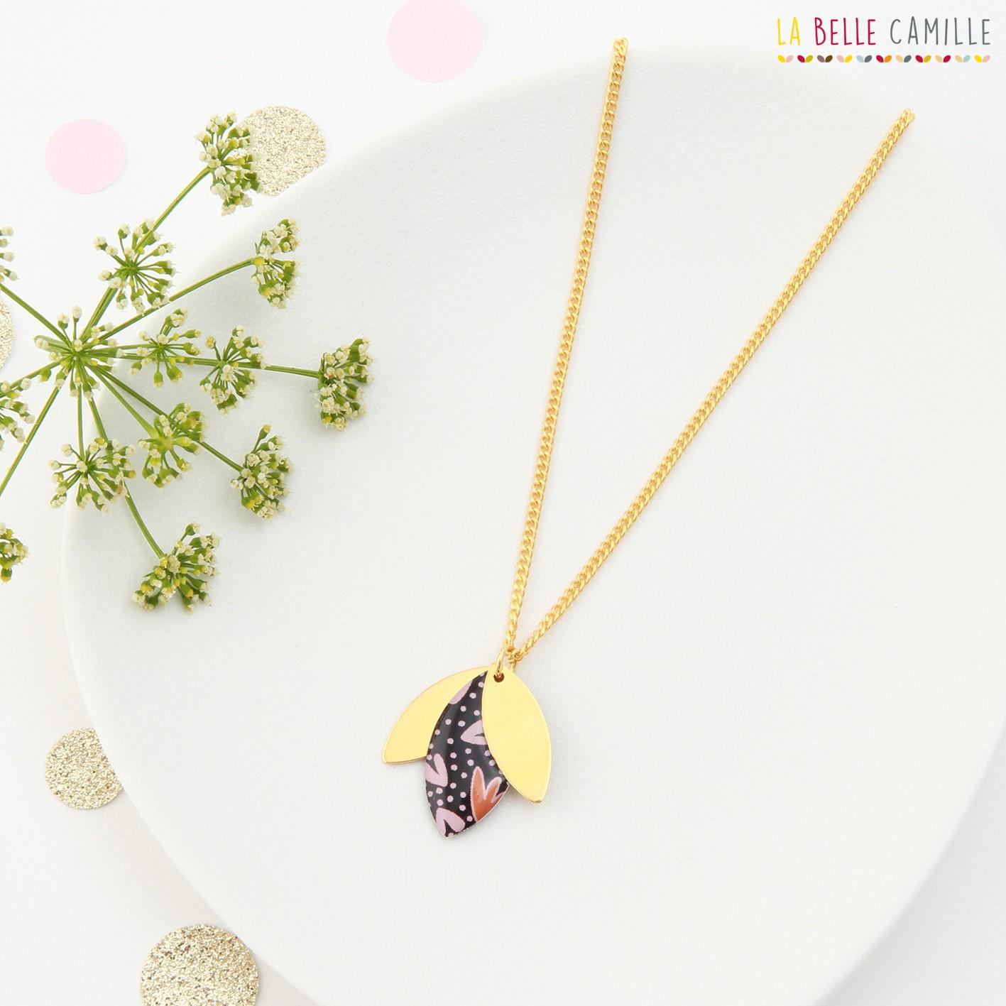 Necklace chainette golden woman and retsina La Belle Camille Suzanne Collier