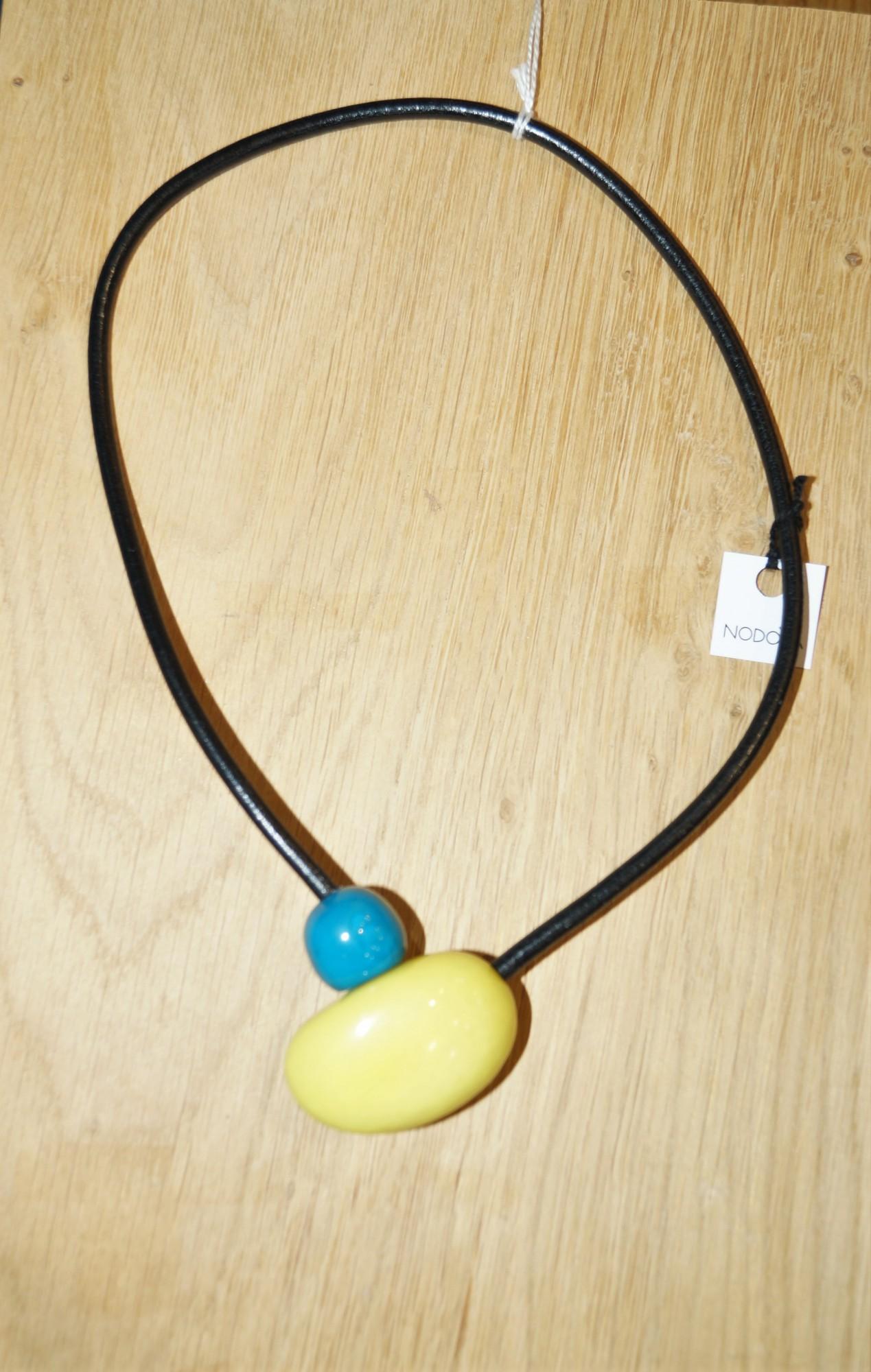 Collier Nodova en ivoire végétal, Cesari anis turquoise