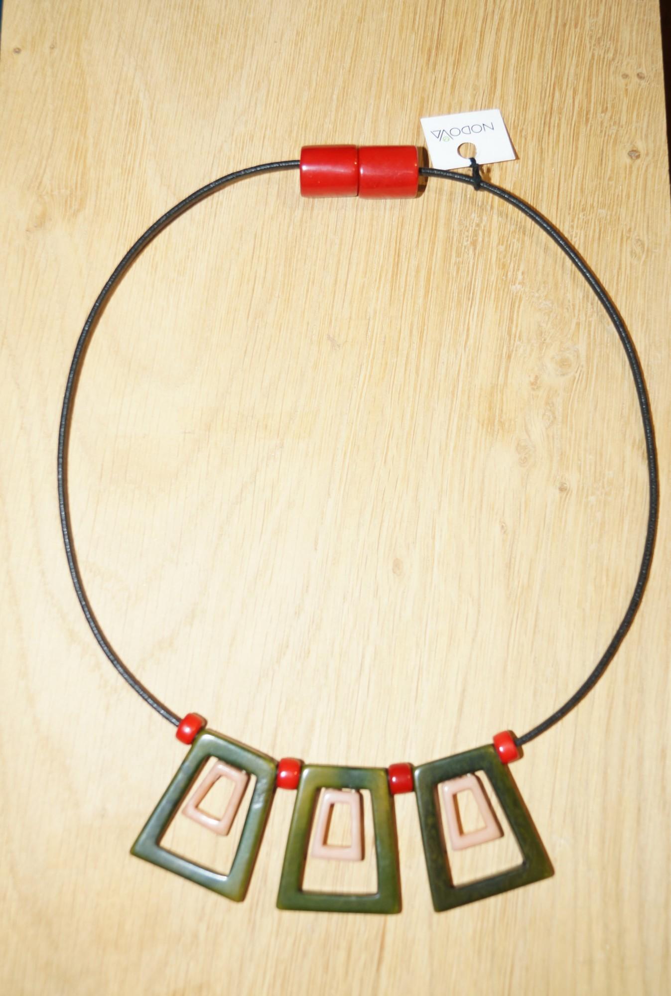 Collier Novoda en ivoire végétal, Knossos trio rosier