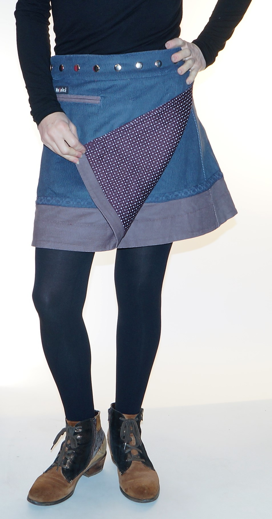 Corduroy skirt with adjustable size #A