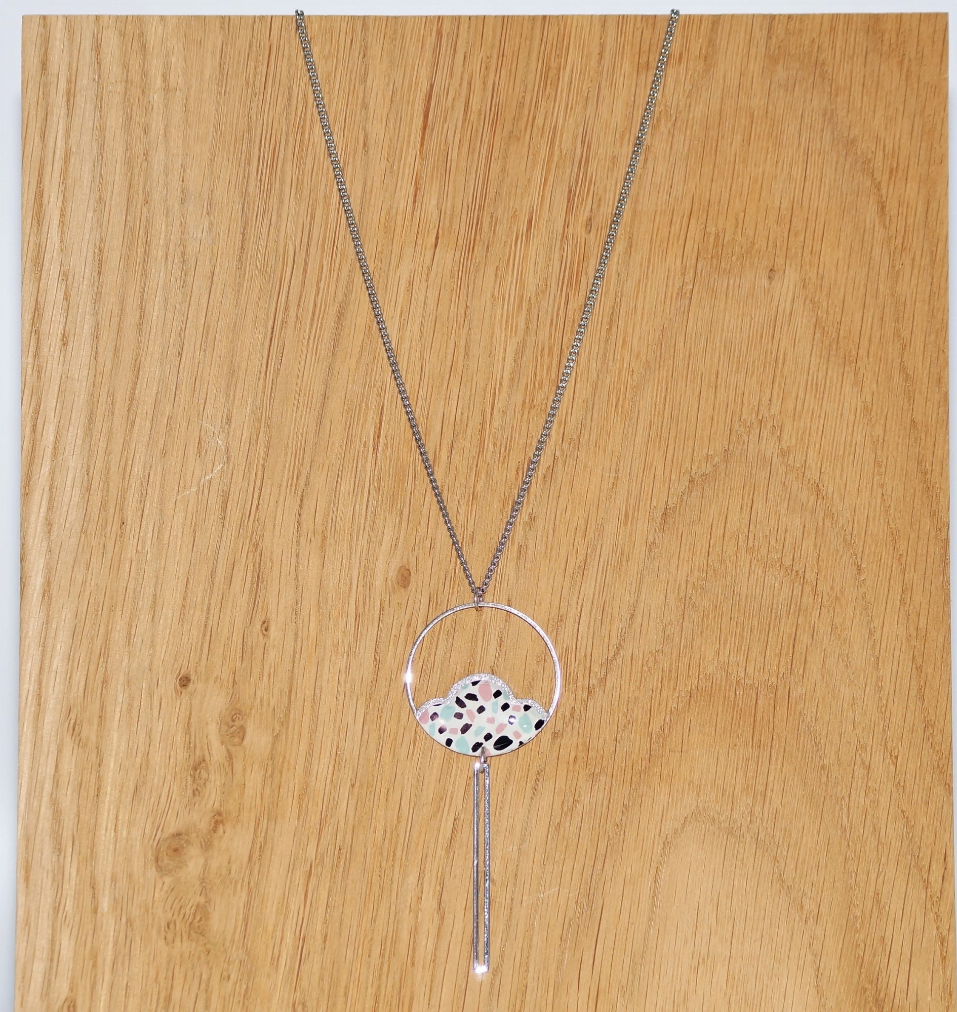 End necklace and colorful Belle Camille Camellia Silver