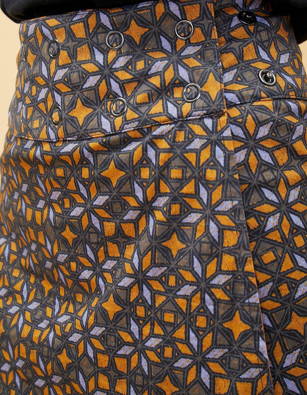 Jupe réversible La Fiancée du Mékong, Mataran imprimée ou camel