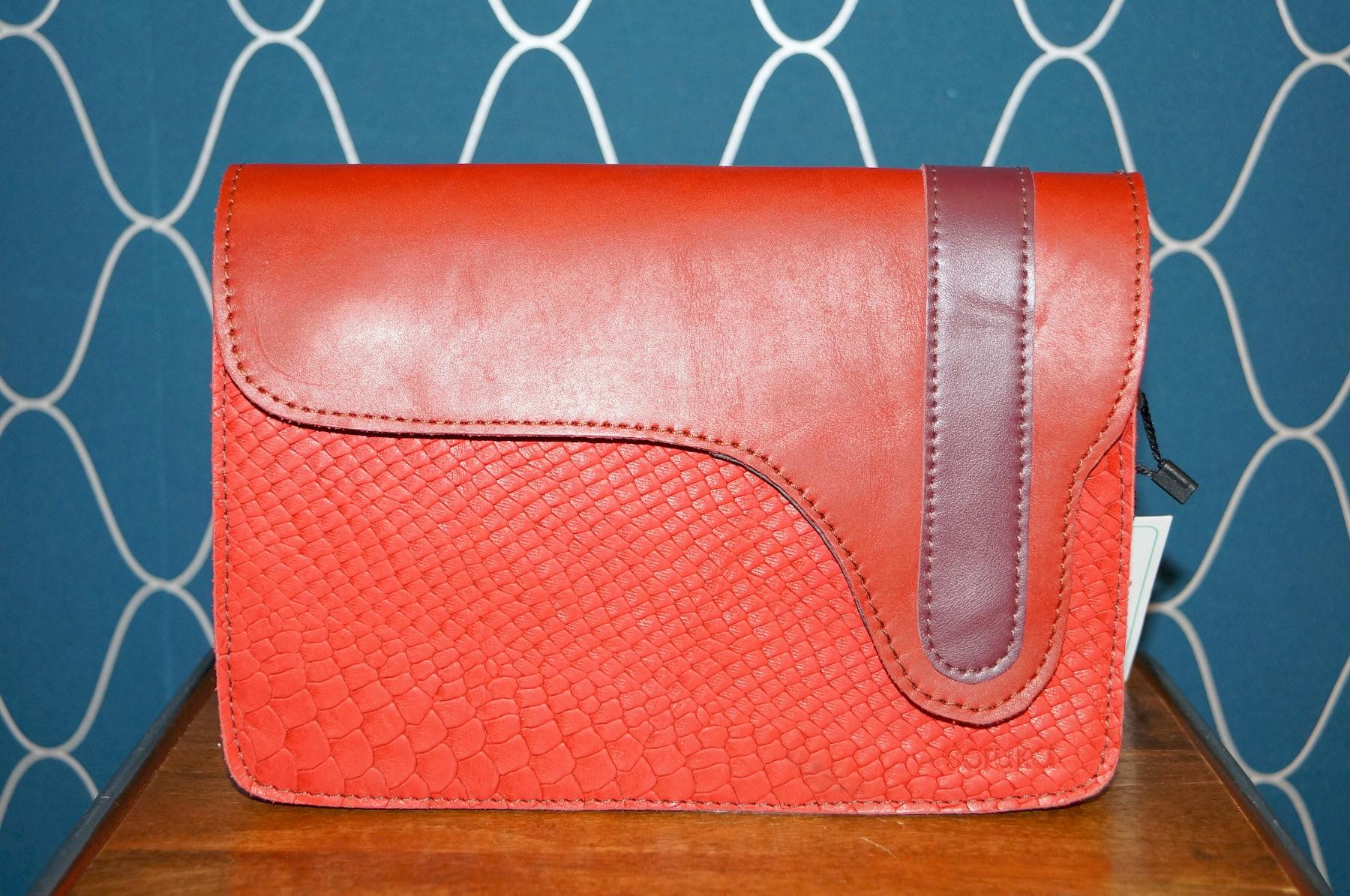 Petit sac à bandoulière rouge
