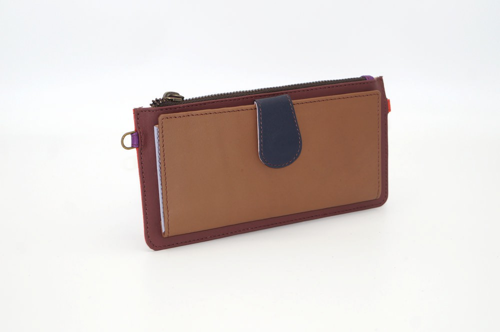 Portefeuille cuir / Compagnon modèle unique femme #13