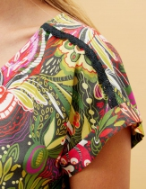 Robe ample La Fiancée du Mékong, Tatu réglisse