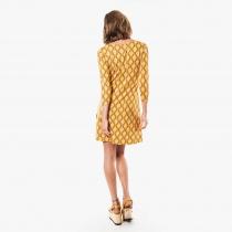 Robe cintrée Moshiki, manches 3/4, jaune vintage