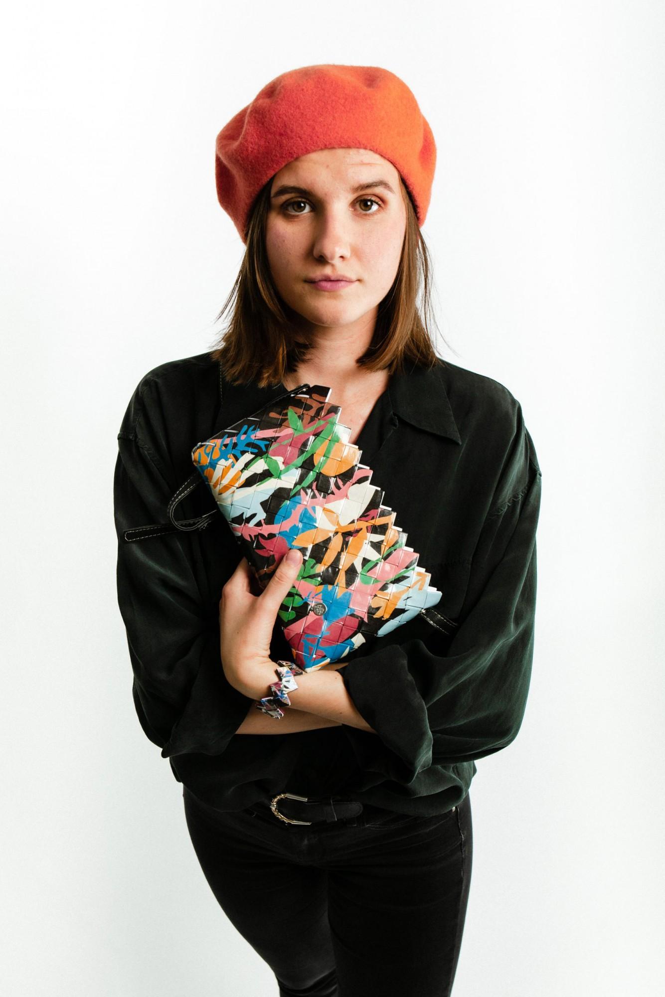 Sac à main / Pochette en papier tressée Larissa Naona