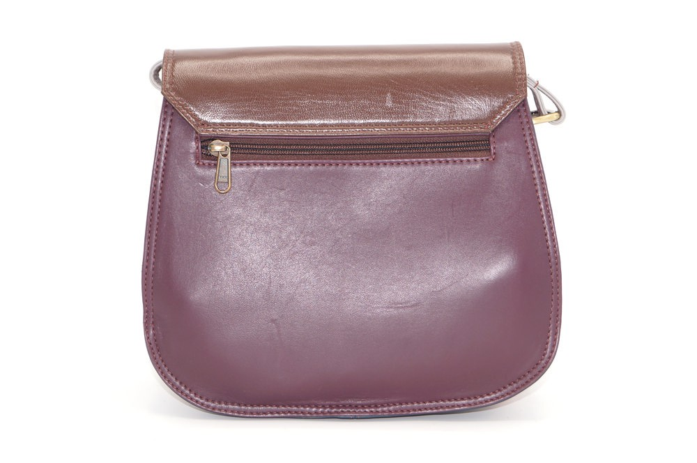 women\'s shoulder bag with three leather compartments, a unique and original bag 17